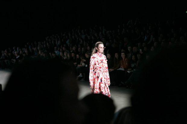 Alexandra Frida, Amsterdam Fashion Week, eyewear, fashion photography, fashion show, catwalk, model, flower dress