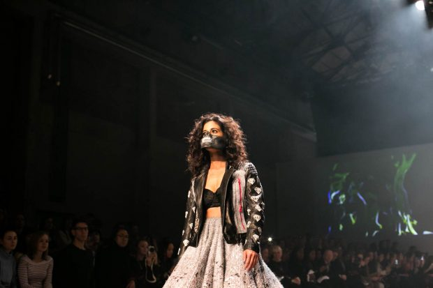 Artitude, Amsterdam Fashion Week, fashion show, catwalk, model, face mask, pink, leoprint, bold, lolita