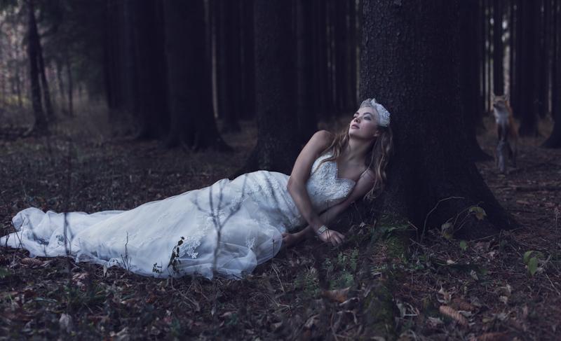 lost bride, bridal fashion, bridal photography, model photography, fashion photographers, on-locaion photography