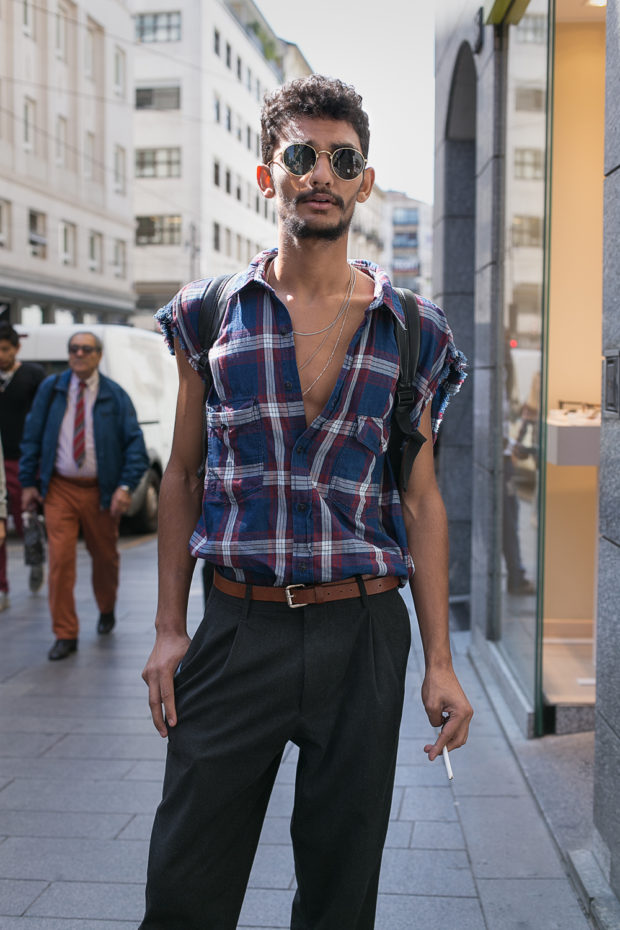 street fashion, mens fashion, milan, street style, street fashion, street photography, milan, sunglasses, plaid shirt, black trousers