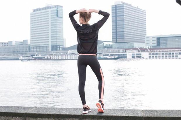 sportswear, skyline, city, Amsterdam, fashion photography Amsterdam, sporty, sportswear, model photography, Amsterdam photographer