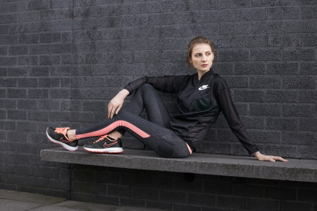 model photography, active wear, sporty, sportswear, fashion photography, Amsterdam fashion photography, black, pink, nike,