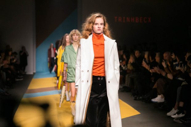 Trinhbecx, Amsterdam Fashion Week, catwalk, fashion show, model, fashion photographer Amsterdam, show finale, model, orange, coat